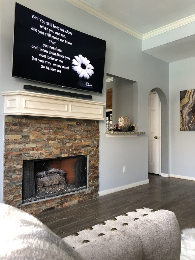 TV Mounting Installers in Houston